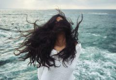 くせ毛に悩んでいる方必見!プロ直伝!くせ毛に効果的なブロー方法♡