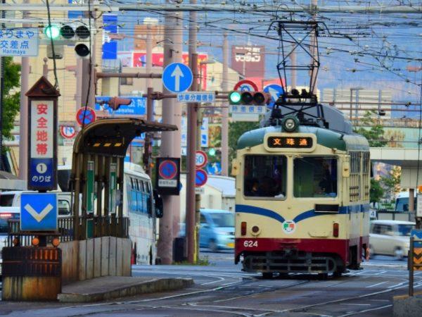 高知を観光するには欠かせない、路面電車【とさでん】の魅力を知ろう!