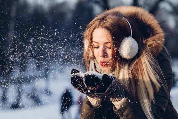 頭皮のかゆみ、もしかして冬の乾燥のせい?乾燥から頭皮や髪を守るためのシャンプー法☆