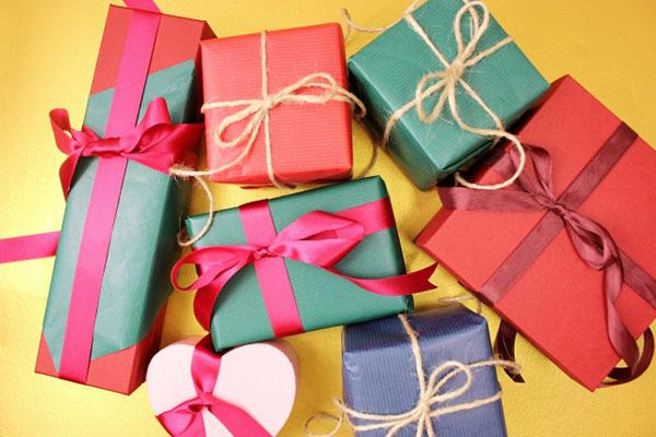 【バレンタインにも♡】プレゼント選びに迷ったらヘアケアアイテムはいかがですか?